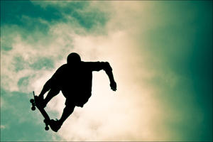 Skate or live